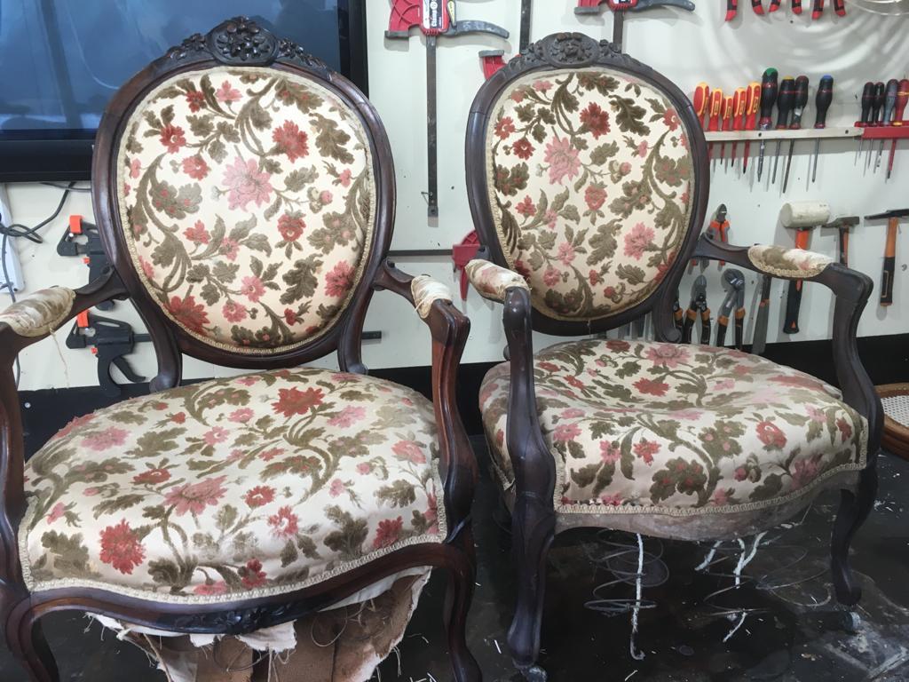 fauteuils anciens rénovés